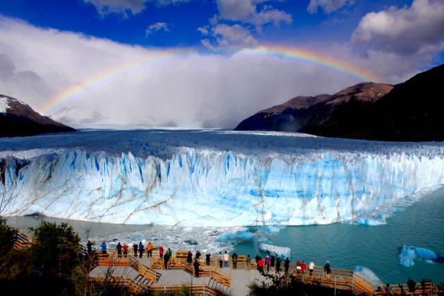ペリート・モレーノ氷河 アルゼンチン エルカラファテ 氷河トレッキング